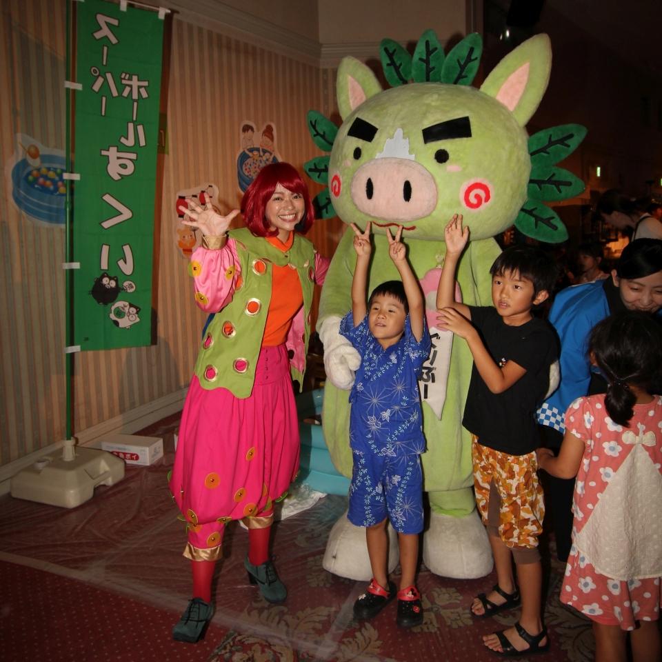 鹿児島県のマスコットキャラクター「ぐりぶー」と記念撮影📷